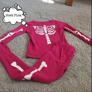 Girls size 10 Osh Kosh skeleton pajamas